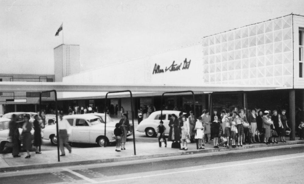 Parkings y centros comerciales, un reto des de los años 50