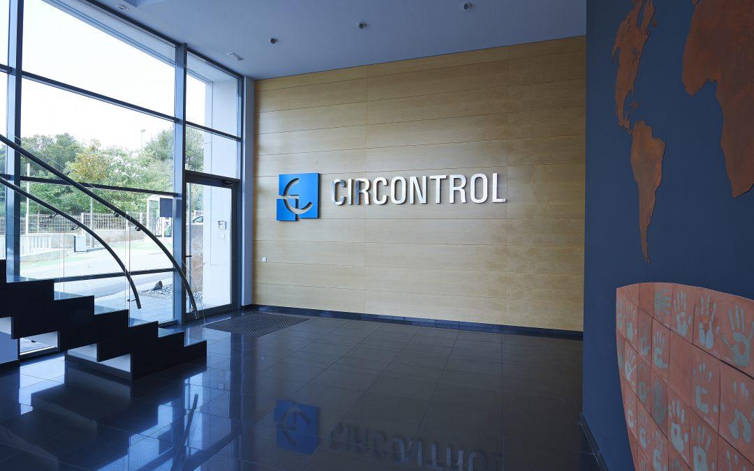 Circontrol organiza su actividad en dos divisiones independientes, CirPark centrada en el parking eficiente y  CirCarLife en la recarga del vehículo eléctrico